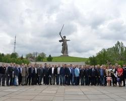 Директора российских АЭС почтили память защитников Сталинграда