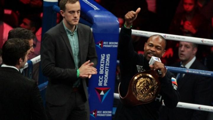 «Мне было интересно побывать в Челябинске»: Рой Джонс поделился впечатлениями о боксерском турнире