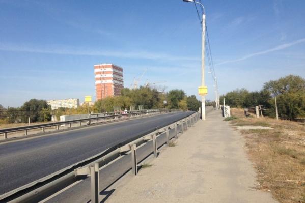 Латошинский путепровод всего за пять лет практически вернулся в исходное состояние