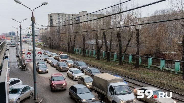 «Вышли из кризиса»: пермяки стали чаще ездить на автомобилях