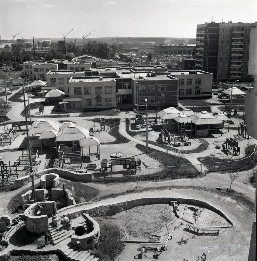 Строительство детского городка комбинированного типа, 1984 год.