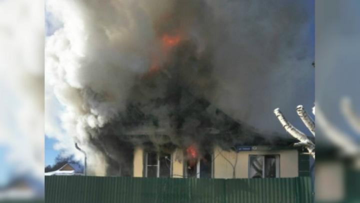 Мэрия Ярославля два года не выдаёт жильё многодетной семье, потерявшей в пожаре всё
