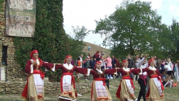 Стрельба из лука и бег в мешках: на Дону пройдет античный праздник