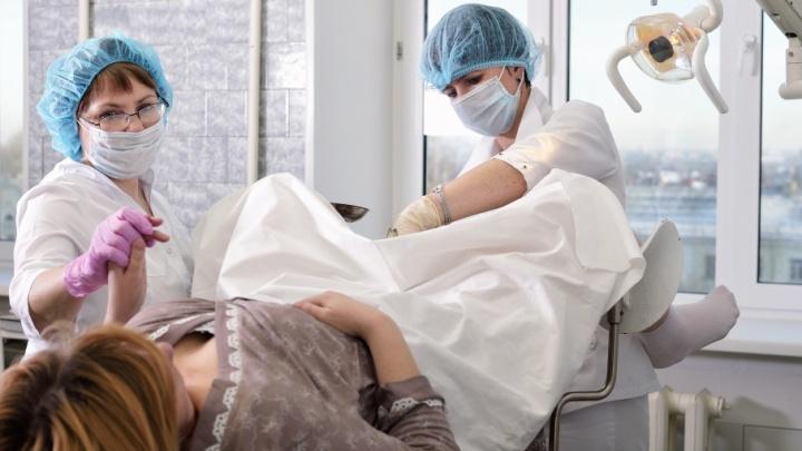 Онкологический ликбез: чем чреваты ранние роды и как уберечься от рака в 30 лет