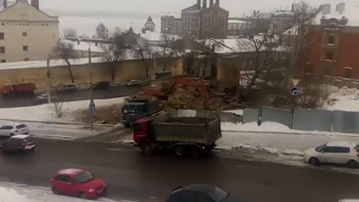 «Жаль, что снесли»: в Самаре сровняли с землей двухэтажный барак возле Иверского монастыря