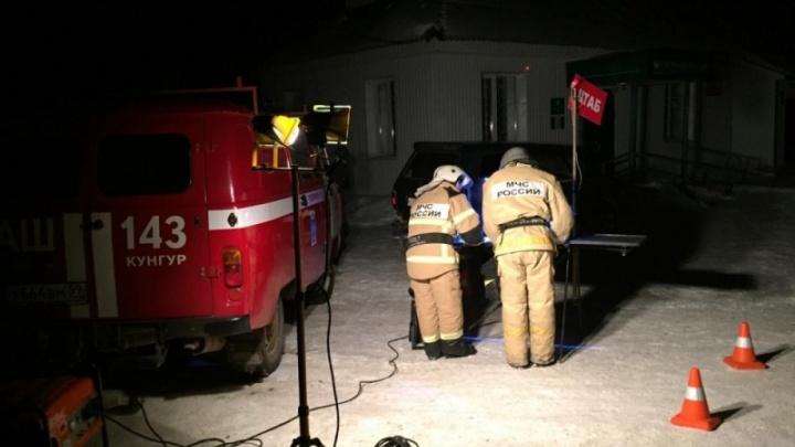 Следователи назвали возможные причины пожара в поселке Серга, в котором погибли двое детей