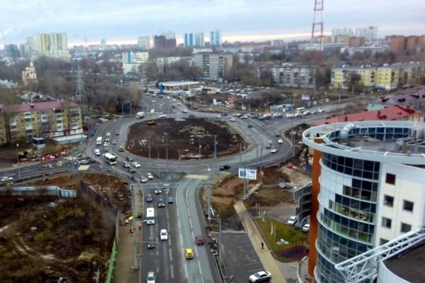 Сроки открытия движения по улице Луначарского власти пока не называют