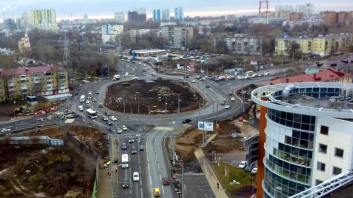 Светофоры на кольце у станции метро «Московская» включат после открытия Луначарского