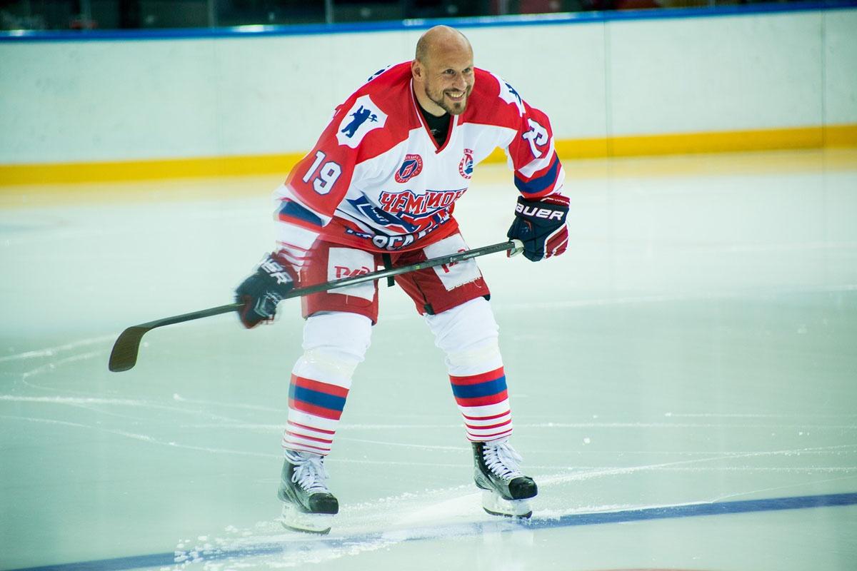 Илья Горохов, кстати, теперь планирует политическую карьеру