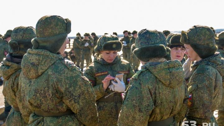 В Самарской области 7 девушек отправились служить по контракту
