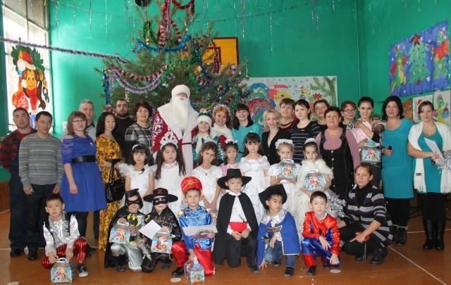 Более двух тысяч детей работников «Красного Октября» получили подарки к Новому году