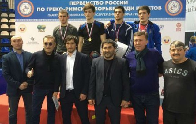 Ростовчане завоевали три медали по греко-римской борьбе