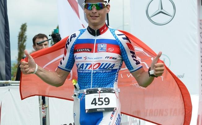 Тюменец Никита Кугаевский занял третье место в международных соревнованиях по триатлону