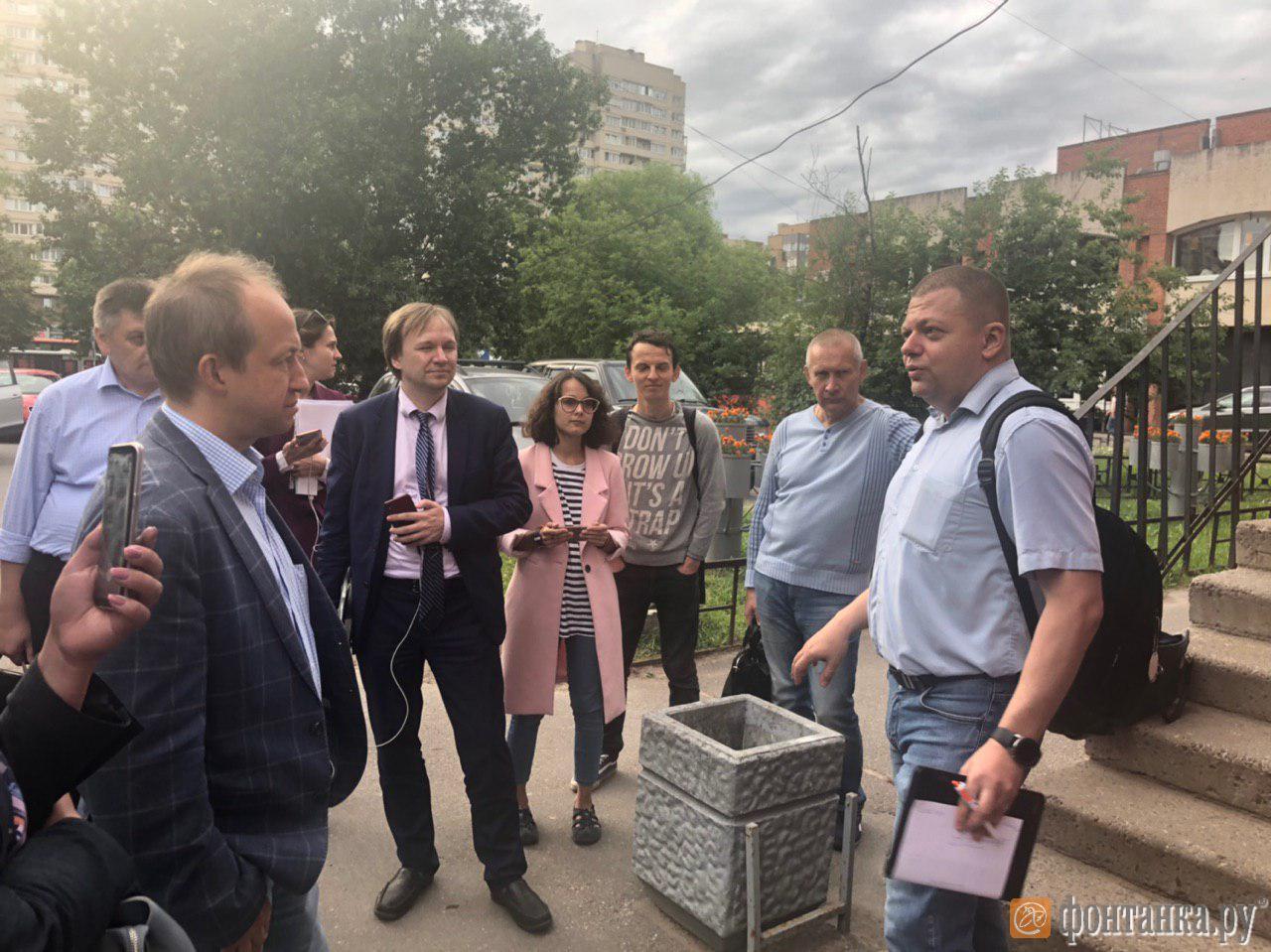 Член ЦИК Евгений Шевченко приехал в закрытый избирком «Сергиевское»