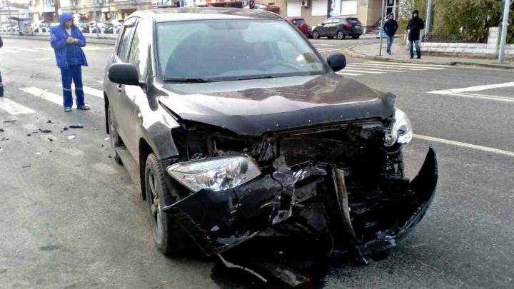 Ночная авария на Чаплина и утреннее ДТП на Малыгина: есть пострадавшие