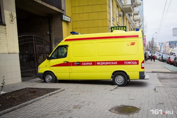 Пострадавших в аварии увезли в больницу