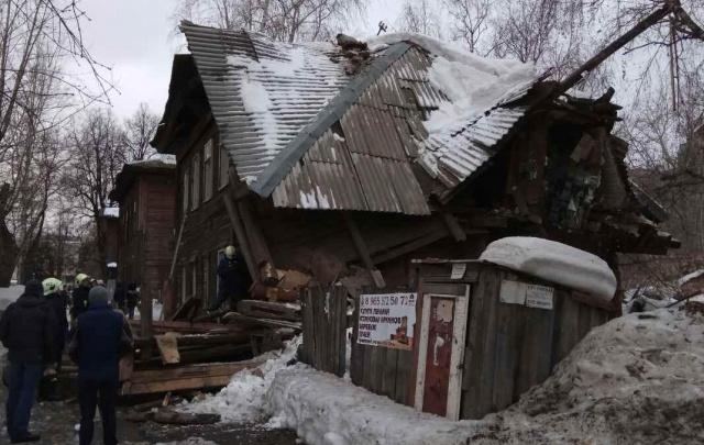 В центре Перми обрушилось двухэтажное здание