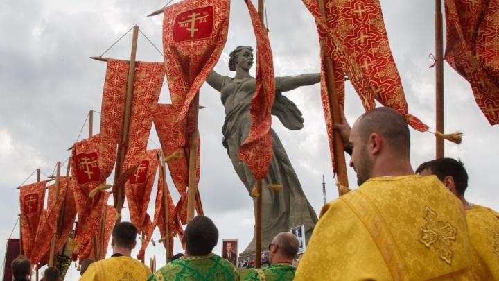 В Волгограде крестный ход 9 мая поведет за собой «Бессмертный полк»