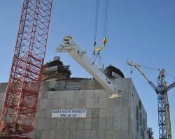 На энергоблоке №4 Ростовской АЭС начался монтаж мостового полярного крана