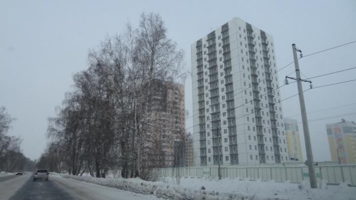 Жителям Новоантипинского микрорайона придется подождать обещанный застройщиком детский сад