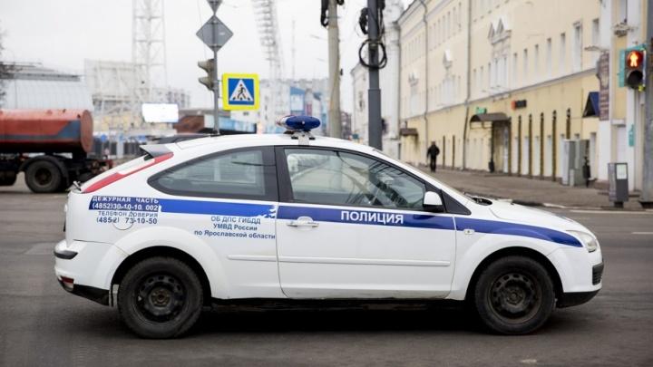 В Ярославской области гаишники устроили погоню со стрельбой за машиной без номеров