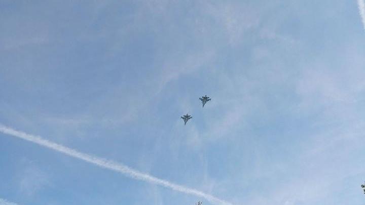 Военные самолеты кружат над Брагино: чья техника летает над Ярославлем