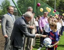 Виктор Басаргин открыл в Перми новый межшкольный стадион