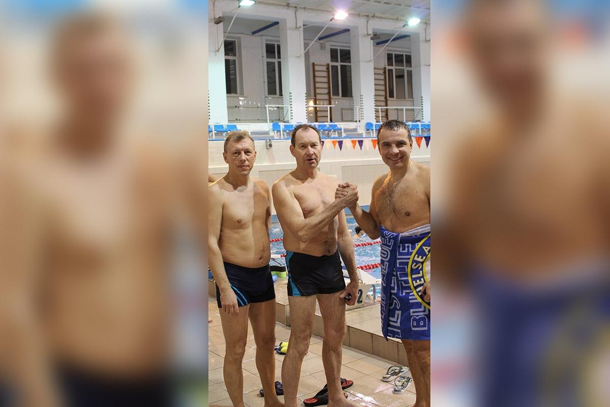 Алексей Малютин — бывший и.о. мэра, ныне не депутат, присоединился к заплывам