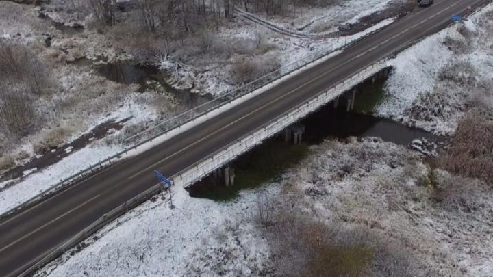 Власти проверили дороги, отремонтированные в прошлом году: подрядчику грозит штраф