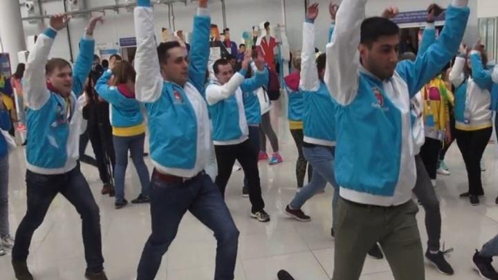 Пермяки станцевали пасодобль реальных пацанов на Всемирном фестивале молодежи в Сочи