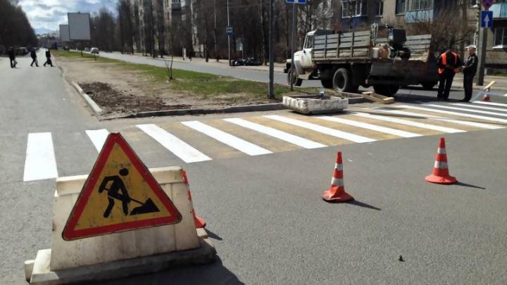 Нанесение разметки на пешеходных переходах Архангельска завершено на 90 процентов
