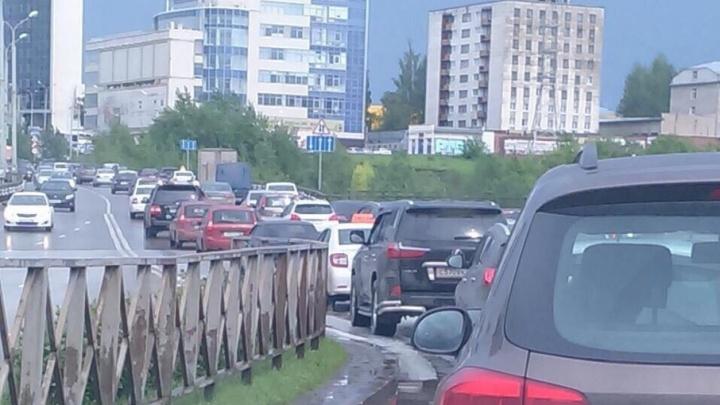 На выезде из Мотовилихи образовалась огромная пробка