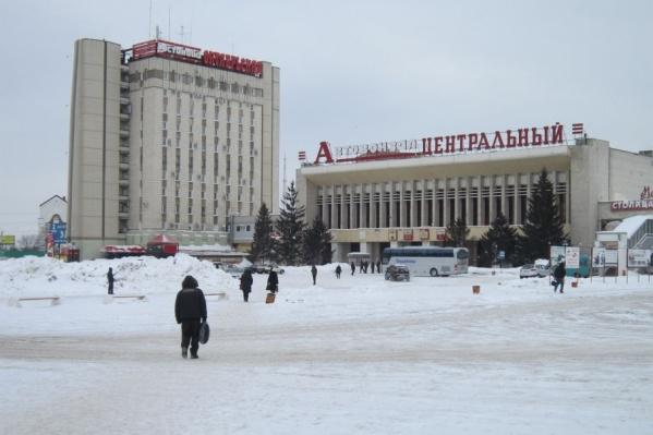 Правоохранители проверили общественные заведения Октябрьского района