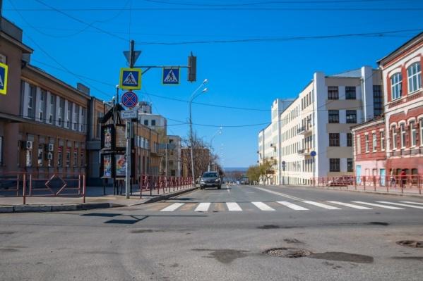 Автомобилистов просят выбирать пути объезда