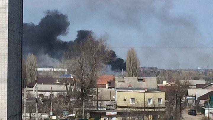 Волгоградцев в Жилгородке морят удушливым дымом подожженного камыша