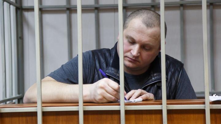 Экс-офицер волгоградского УФСБ признан крупным мошенником