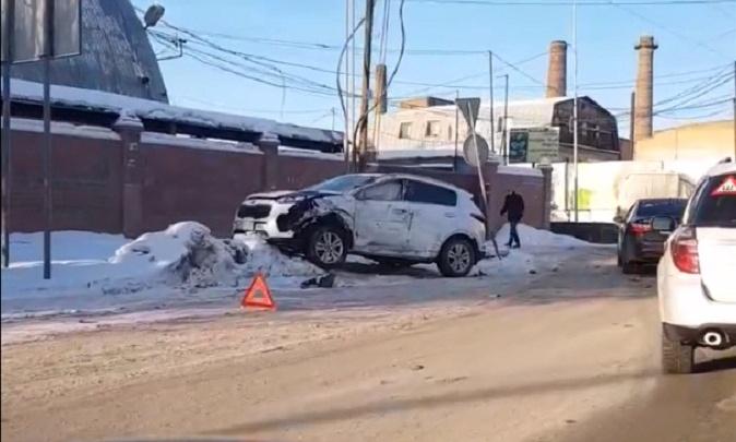 В аварии на Бабарынка пассажир иномарки получил перелом ребер