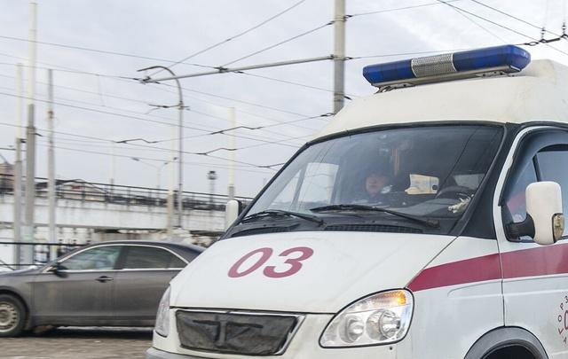 Очевидцы: в центре Ростова во время ливня погибла девушка