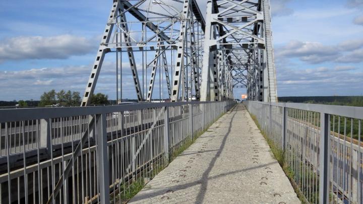 В районе совмещенного моста для пешеходов изменят схему движения