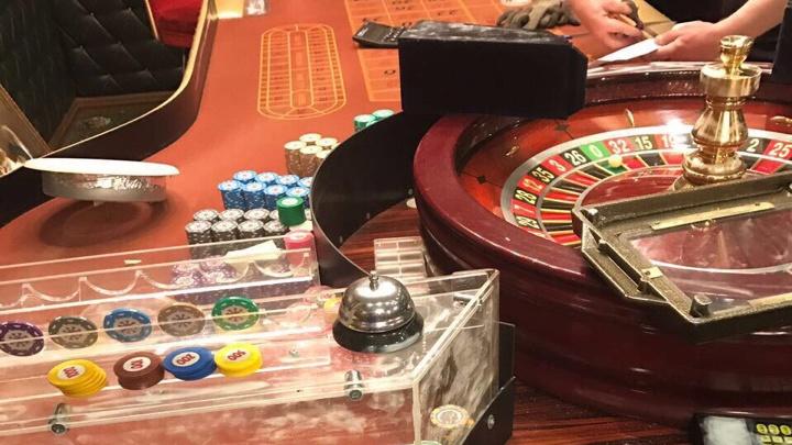 Полиция повторно прикрыла казино в офисном центре челябинского отеля