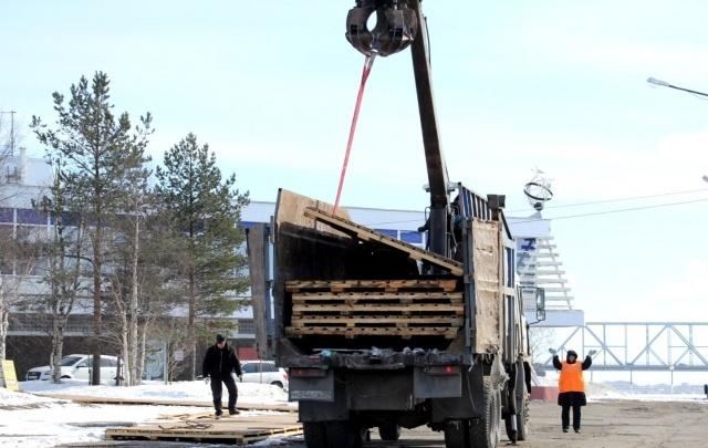 В столице Поморья демонтируют прославившие город после арктик-форума  мостки