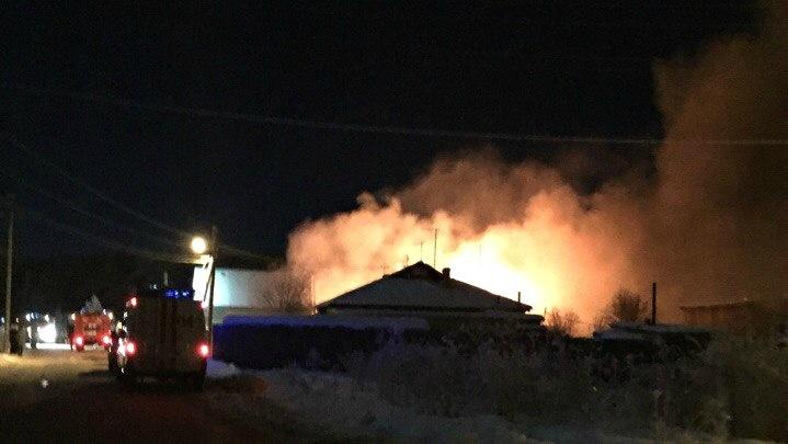 В Плеханово из-за старой электропроводки сгорела баня