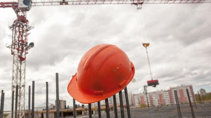 В Северодвинске остановили ремонт дома на улице Торцева по просьбе задыхающихся жителей