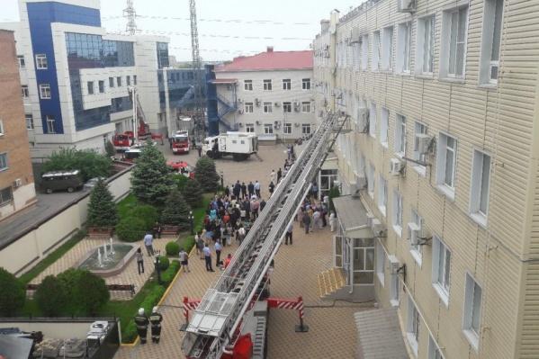 Людей эвакуировали из всех зданий гргаза