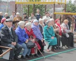 Микрорайон Парковый поклонился ветеранам