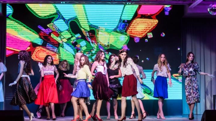 «Желание бешеное, настрой боевой»: челябинки начинают борьбу за финал конкурса «Мисс офис»