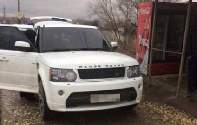 Ростовчанина задержали за стрельбу из Range Rover во время свадьбы в Волгограде