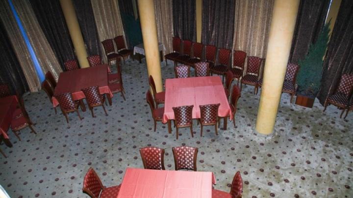 В ресторане «Седьмое небо» на Западном из-за девушки произошла потасовка