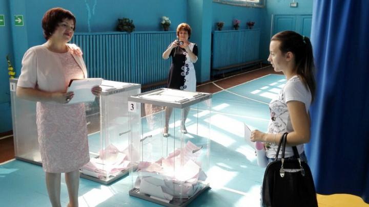 Избирательная комиссия Ростовской области приступила к подсчету голосов