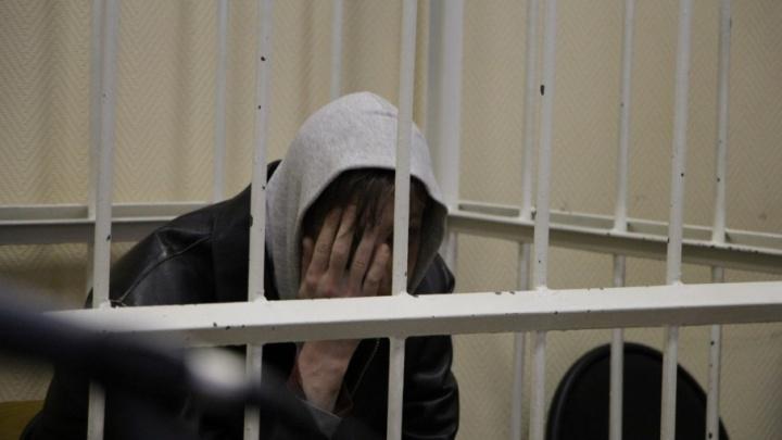 Подозреваемый в убийстве двух архангельских таксистов останется под стражей до 9 марта